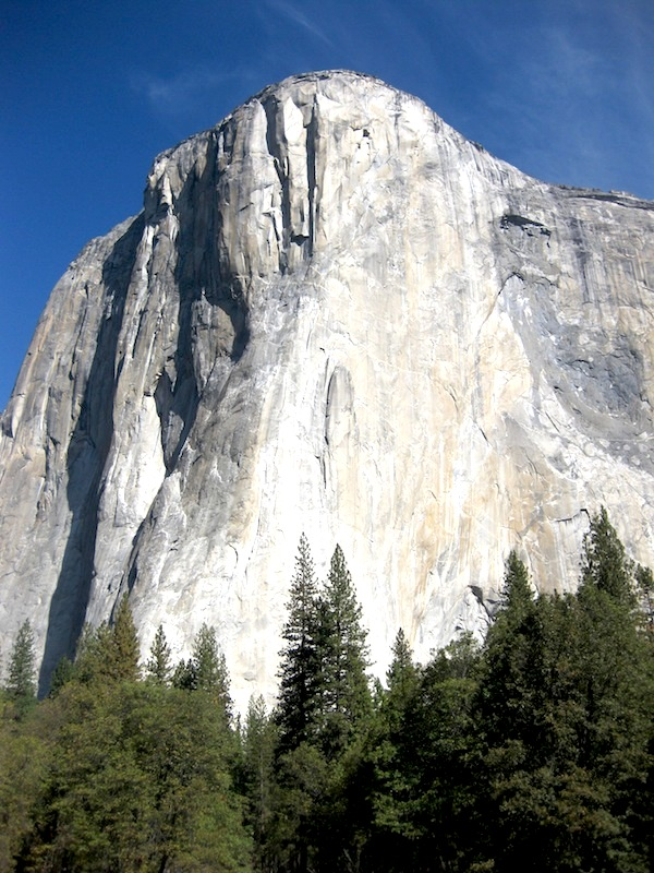 "El Capitan avec le ""Nose"", éperon proéminent de renommée internationale - Yosémite CA"