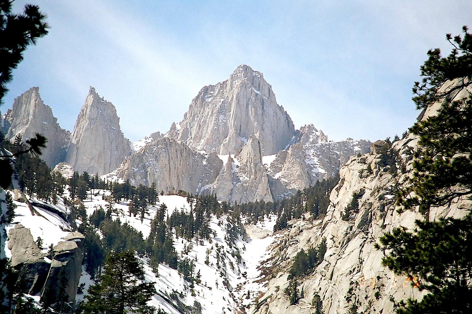 Le tout dominé par le Mount Whitney, point culminant des USA, hors Alaska !