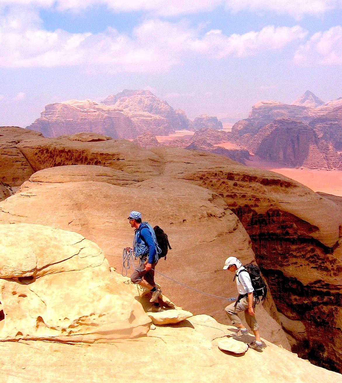 Jebel Khazali - une cordée vers le sommet