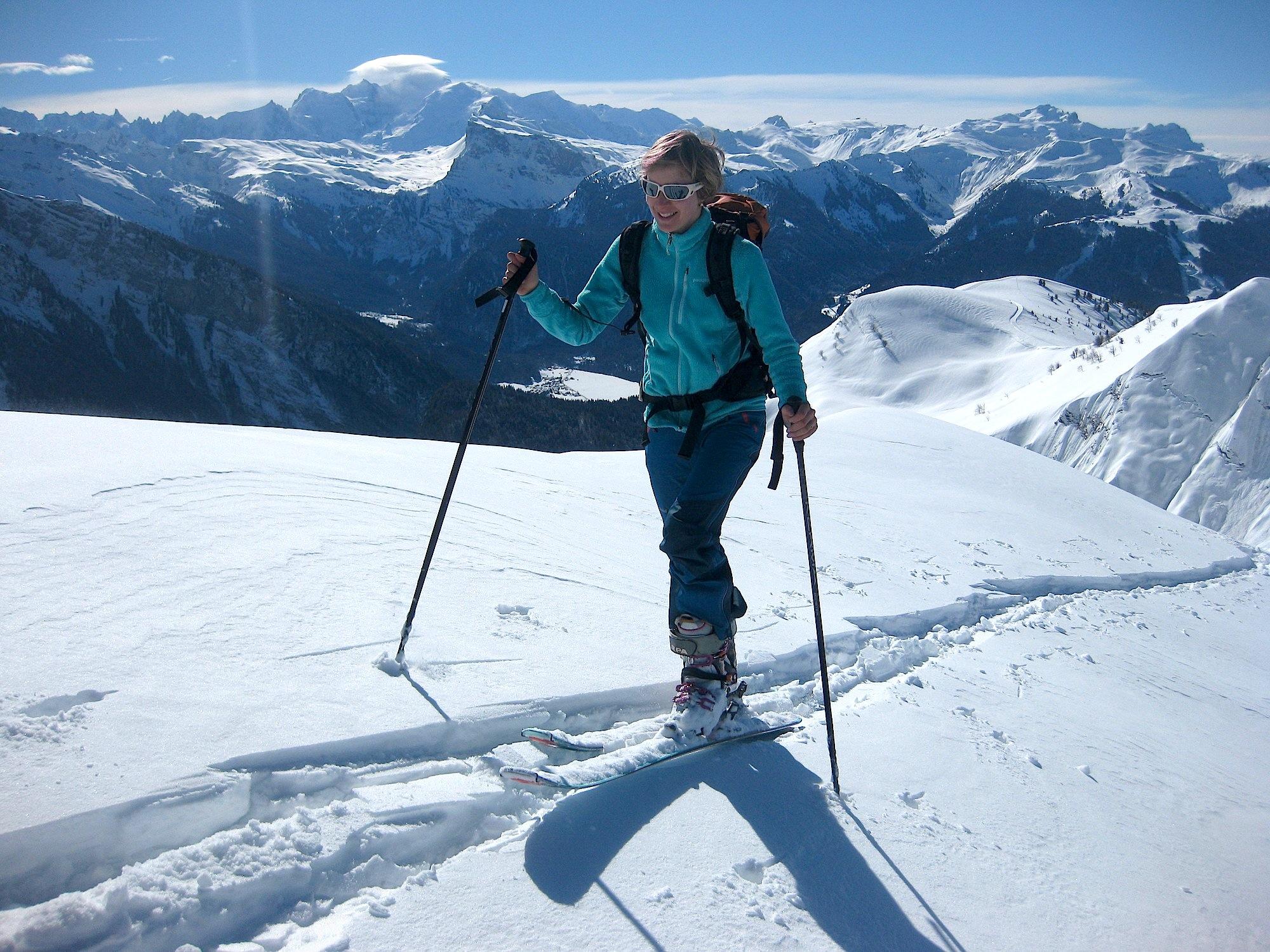 Tracer dans la neige fraiche est souvent un plaisir, surtout avec un paysage comme celui-ci !